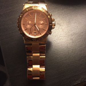 Michael Kohrs rose gold watch